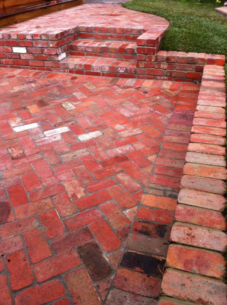 Bricklaying Paving rustic reclaimed redbrick