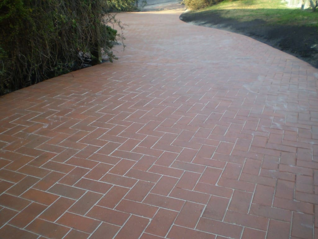 Driveways Paving Eastern Suburbs Red Brick neat sloping